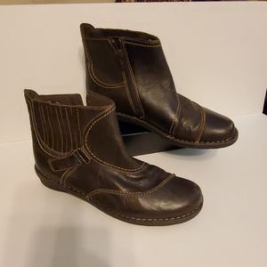 Clarks venables zip up ankle boots size 10